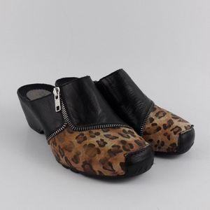 Helle Romus Cheetah Print Clogs Size 6 - 6.5